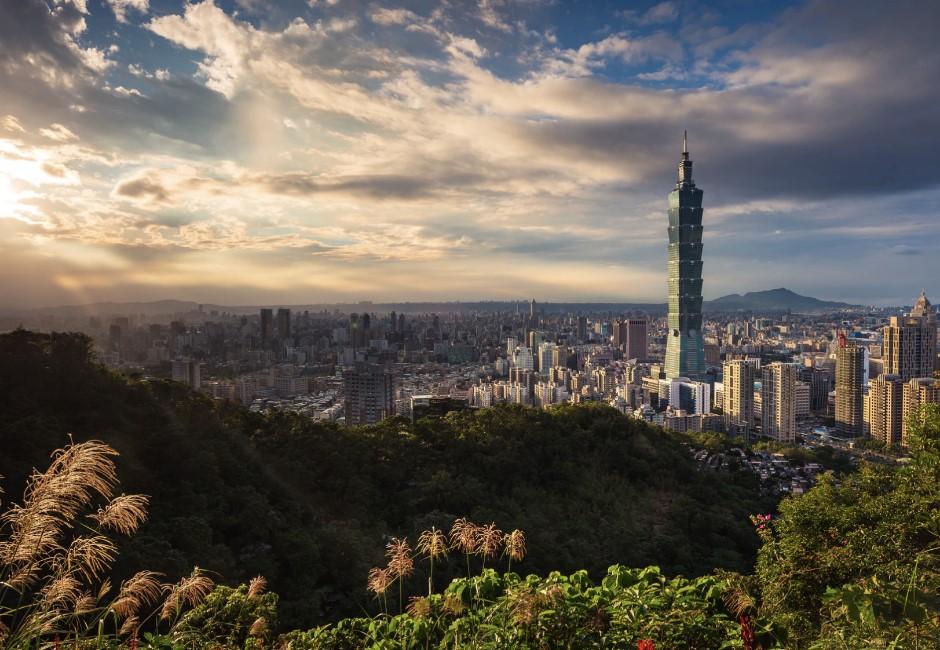「謝謝你喜歡台灣」是什麼梗?一句話揭台灣人自卑心理 網掀惡搞反諷潮