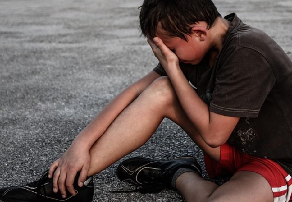 想學柔道…男童遭學長重摔20次尖叫哭:我的腳! 教練「以為裝的」又狂摔到腦死