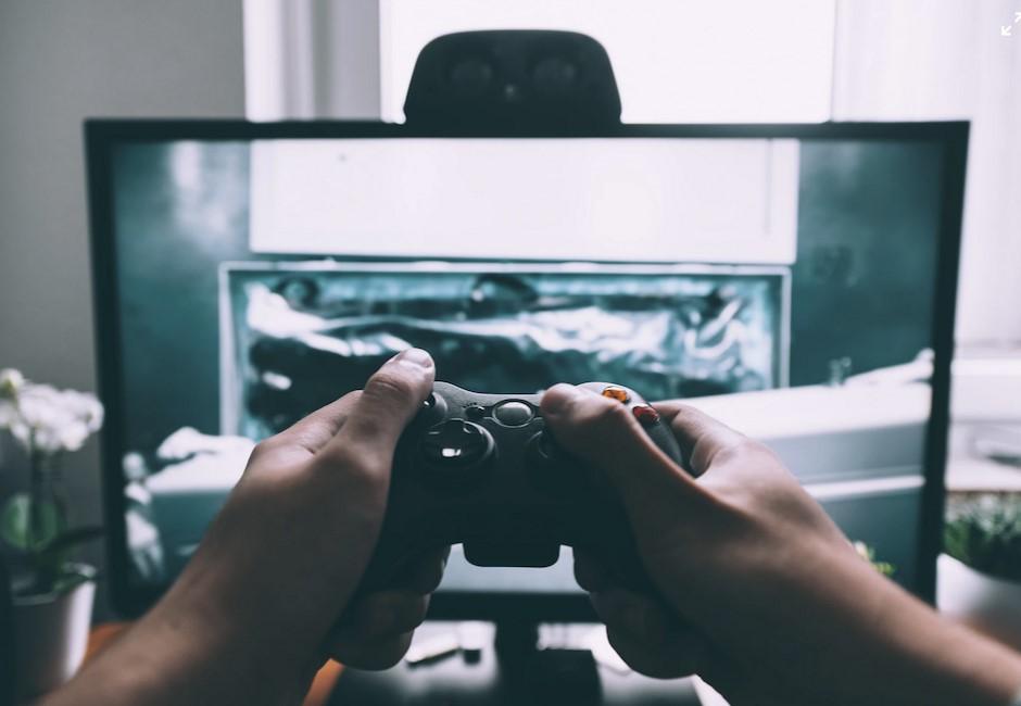 Sony最新專利「AI幫你自動玩遊戲」!網稱「最潮玩法」:買遊戲給AI玩