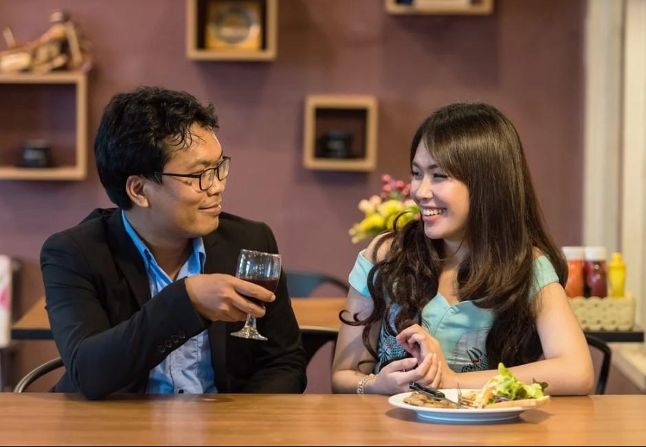 台男追女「存好久錢才能請你吃一次飯」該感動嗎?網友反應超兩極