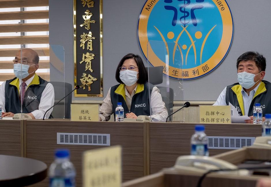 台灣面臨「新五缺」!疫苗議題討論度攀升 BNT疫苗藍綠攻防戰聲量誰贏?
