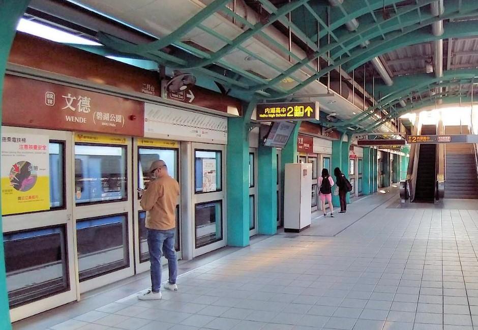 搭捷運、雙鐵要注意!五大大眾交通工具「實聯制」方法一把抓