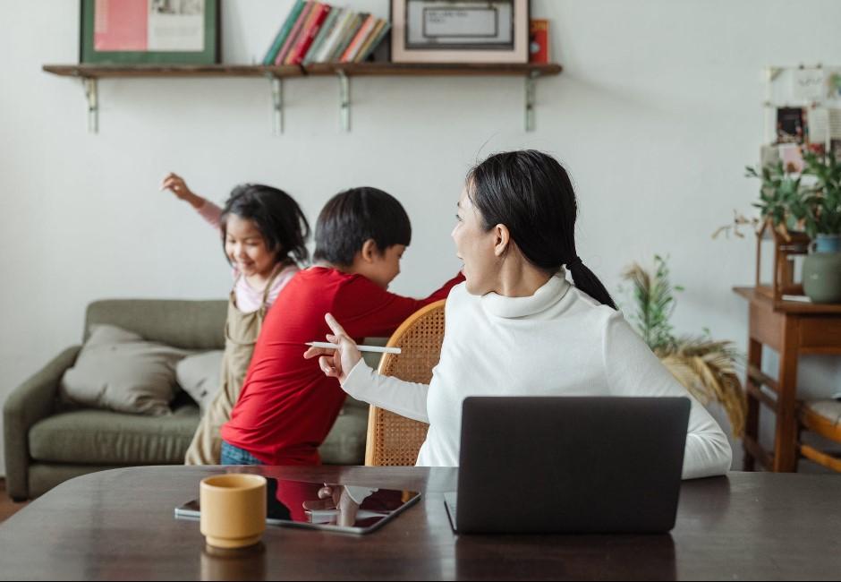罵老公、罵小孩是日常?媽媽的居家日程表引網議:無聊的幽默