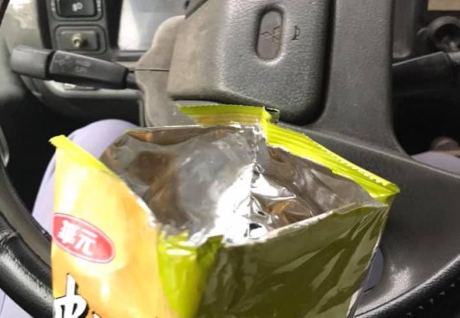 地方貨運司機陸續崩潰!趁空擋車內吃餅乾被檢舉 心酸發文:可以先不要買嗎