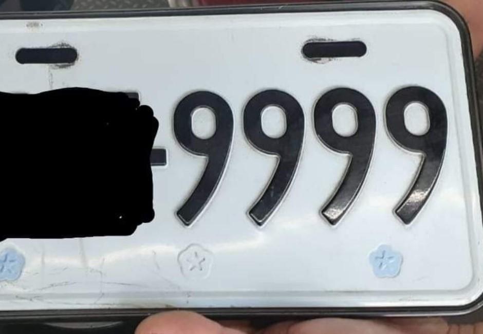 A到「9999」車牌要賠一萬六合理嗎?冷知識打臉一票網友