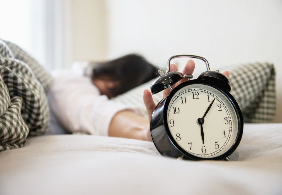 叫人起床就能賺錢!特殊職業「叫醒師」月收可達10萬元