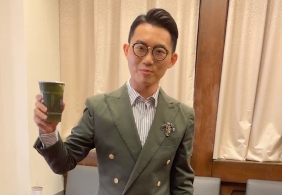 金鐘56/了不起負責!視網膜直播狂喝「16杯香菜汁」 親曝獨特「品嚐心得」